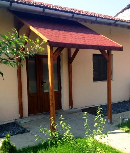 Amanajari exterioare din lemn