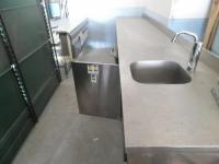Vanzari echipamente - Masa de lucru inox cu chiuveta si masina de spalat vase